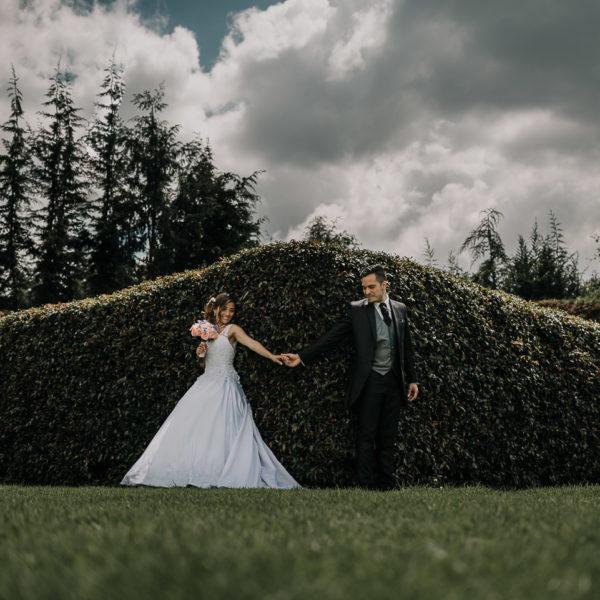 Boda hacienda Amevea Cota. Boda campestre cristiana Lady y Javier al aire libre // Mejores fotógrafos de boda en Bogotá.