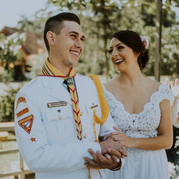Boda adventista - Novio realiza el sueño de casarse con el uniforme de los Conquistadores